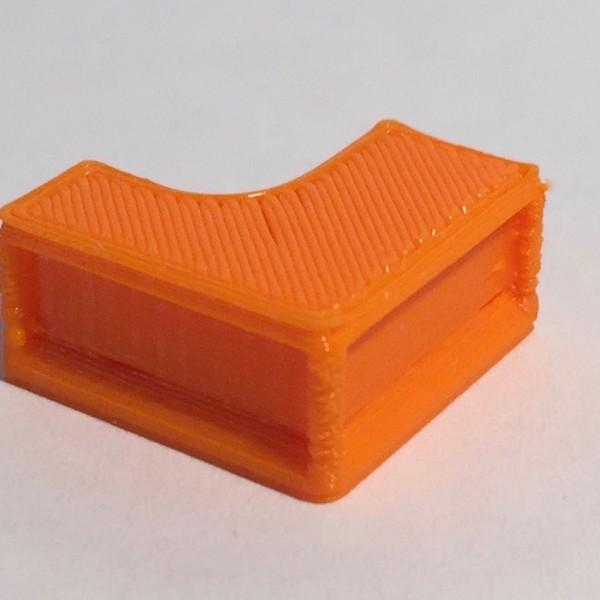 bureau retour à droite orange