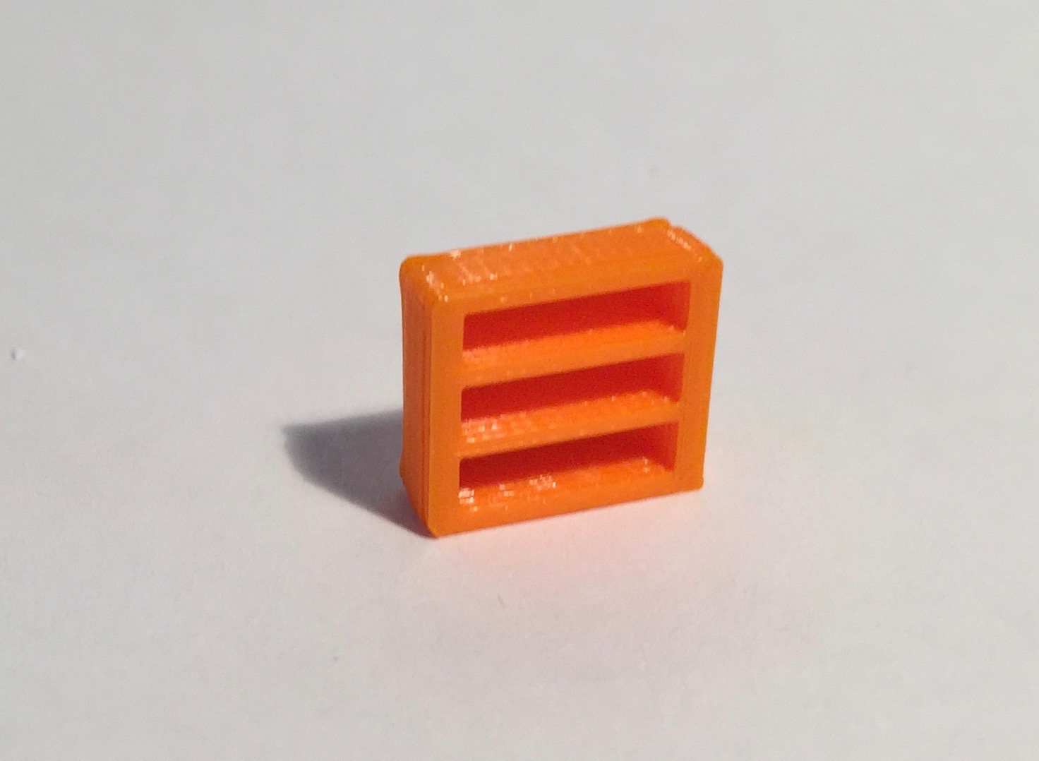 Magnet bibliothèque basse large orange