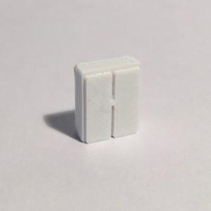 Armoire basse étroite blanche