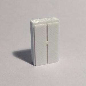armoire haute large blanche