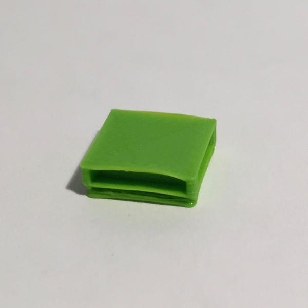 table basse carrée verte
